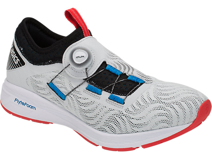 Front Right view of DYNAMIS 2, GLACIER GREY/BLACK