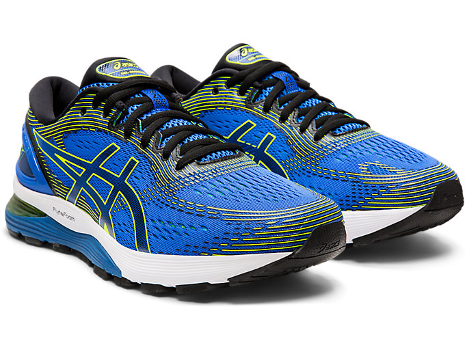 Front Right view of GEL-NIMBUS 21, ILLUSION BLUE/BLACK