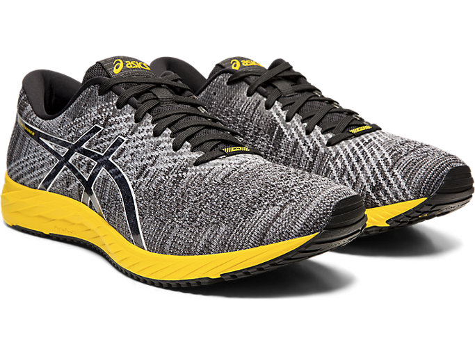 Front Right view of DS-TRAINER 24, BLACK/TAI-CHI YELLOW