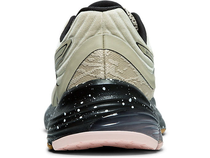 Back view of GEL-PULSE™ 11 WINTERIZED, PUTTY/BLACK