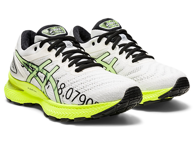 Front Right view of GEL-NIMBUS 22, WHITE/SAFETY YELLOW