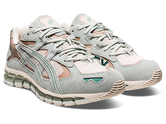 Front Right view of GEL-KAYANO 5 360 G-TX, OATMEAL/LICHEN ROCK
