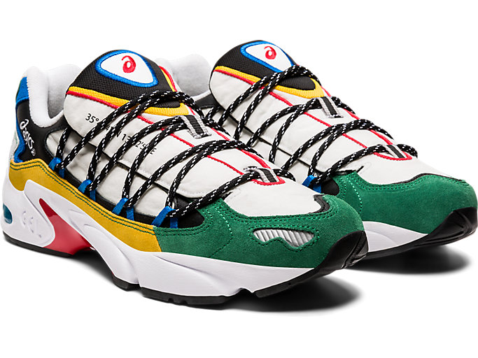 Front Right view of GEL-KAYANO 5 OG