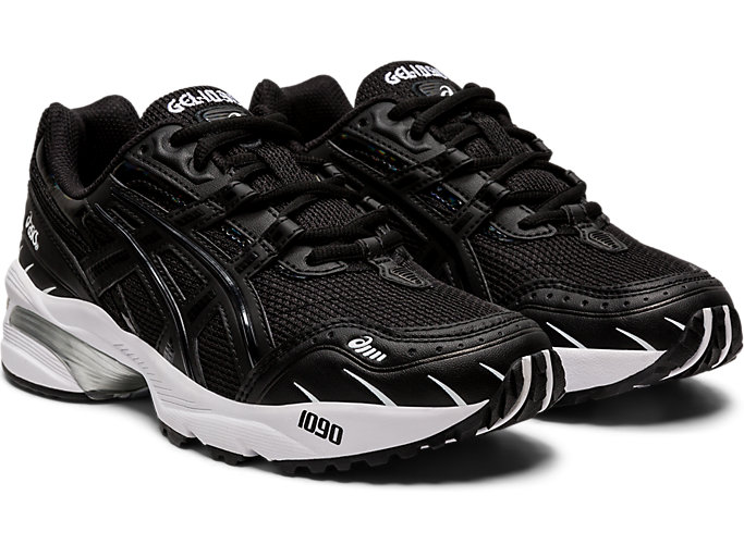 Front Right view of GEL-1090, BLACK/BLACK