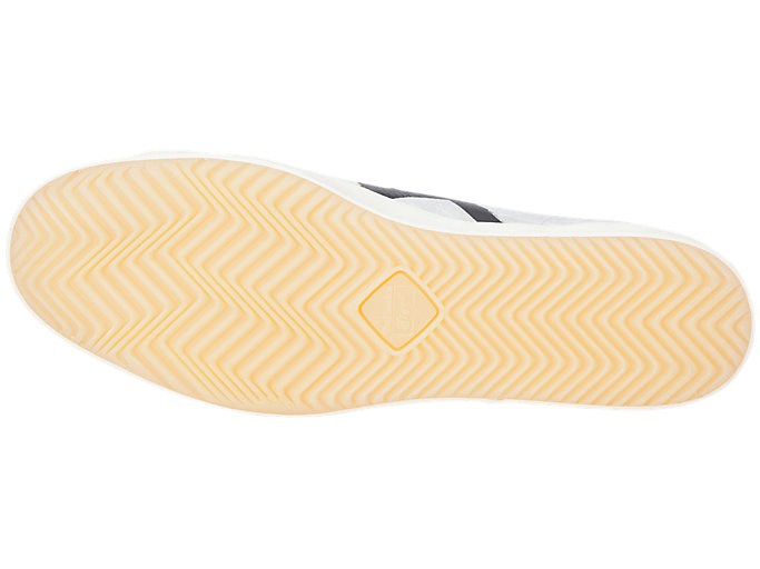 Bottom view of FABRE BL-S DELUXE, CREAM/BLACK