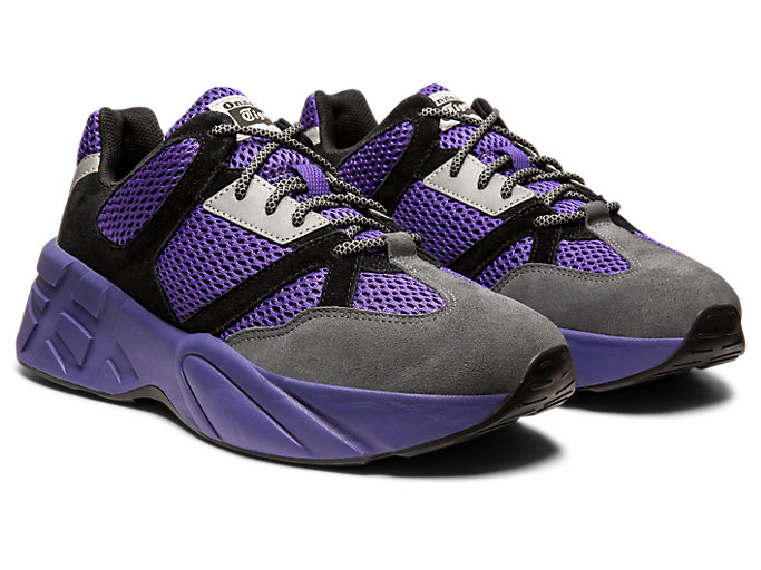 Front Right view of P-Trainer, GENTRY PURPLE/CARRIER GREY