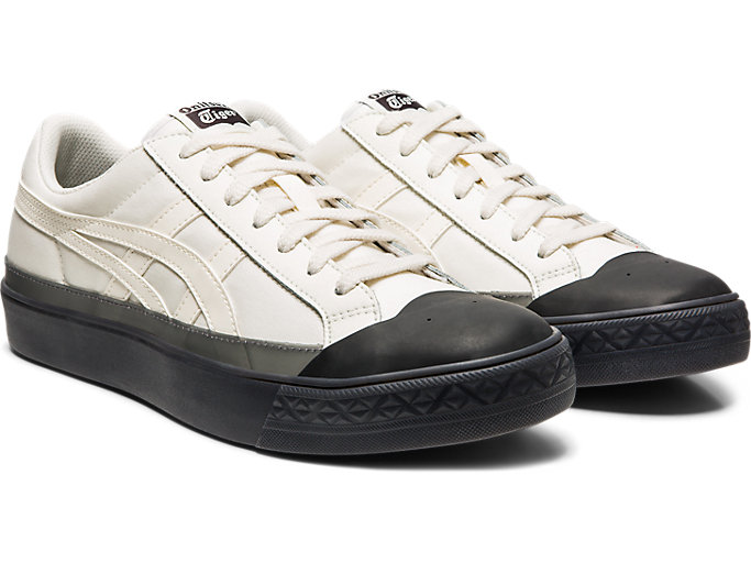 Front Right view of Fabre Classic Low Top, CREAM/CREAM