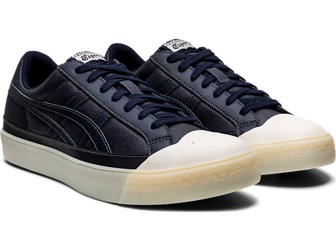 Front Right view of Fabre Classic Low Top, MAKO BLUE/MAKO BLUE