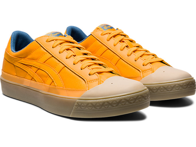 Front Right view of Fabre Classic Low Top, TIGER YELLOW/TIGER YELLOW