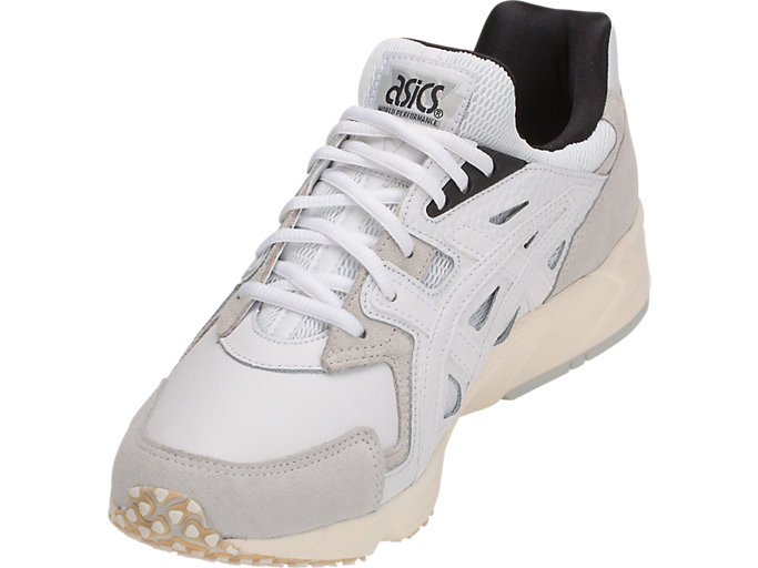 Front Left view of GEL-DS TRAINER OG, WHITE/WHITE