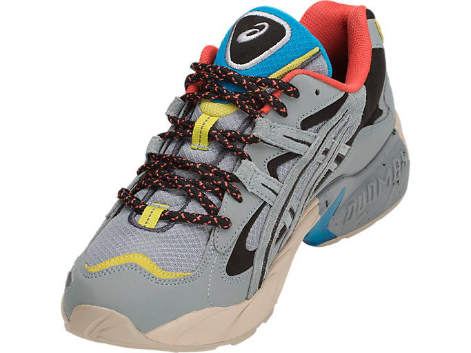 Front Left view of GEL-KAYANO 5 OG, STONE GREY/STONE GREY