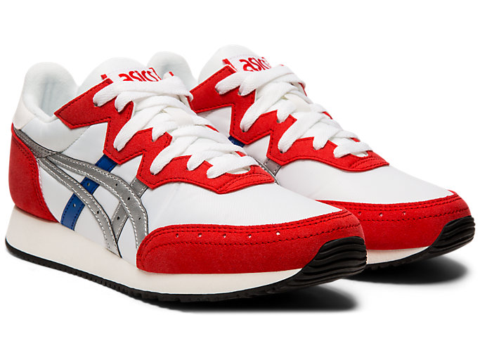Front Right view of TARTHER OG, WHITE/CLASSIC RED