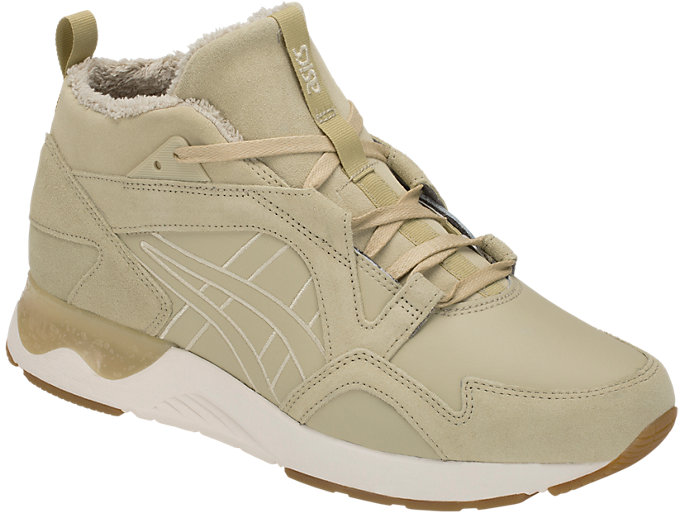 Front Right view of GEL-LYTE V SANZE MT, SAND/SAND