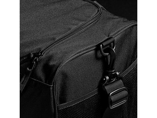 TR CORE HOLDALL M PERFORMANCE BLACK 7 Z