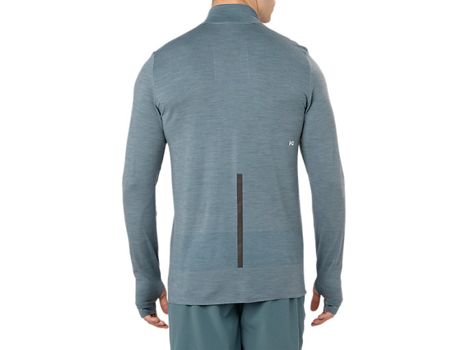 Back view of METARUN WARM LS TOP, IRONCLAD
