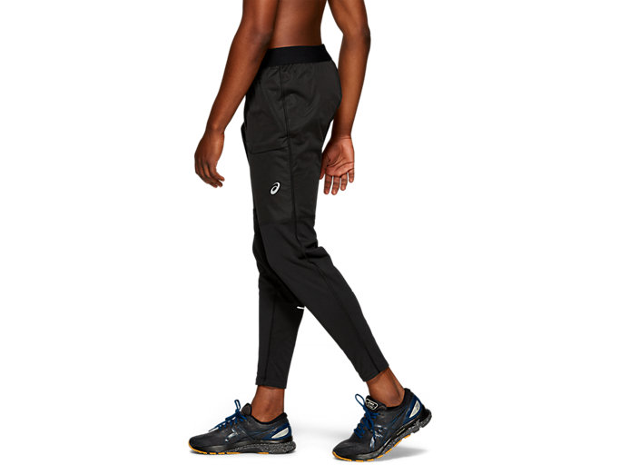 Side view of Accelerate Pant