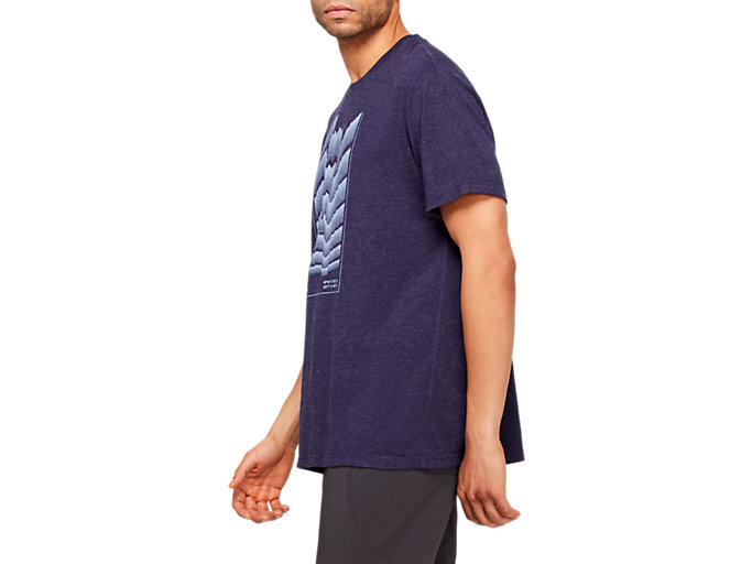 Side view of RCxA M MERINO ASCENT TEE