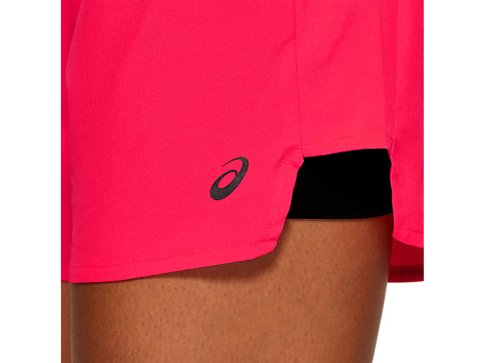 Alternative image view of 2-N-1 5.5IN SHORT, LASER PINK / PERFORMANCE BLACK