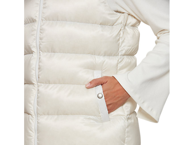 Alternative image view of W'S Hooded Down Vest, CREAM