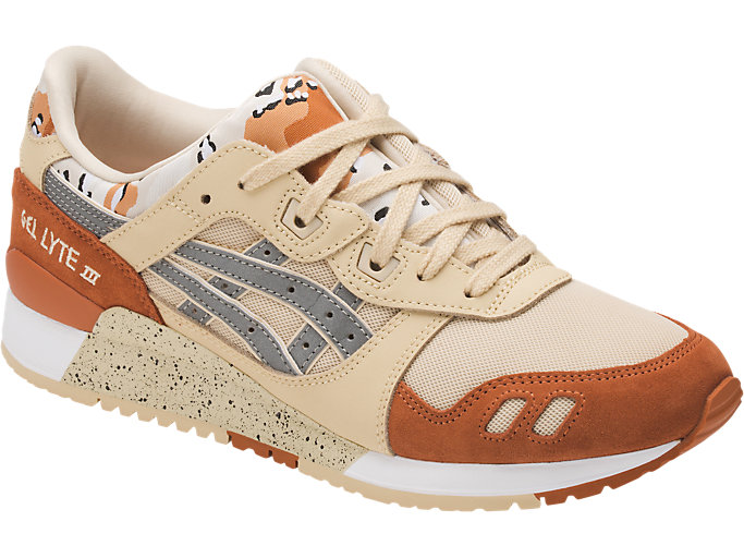 Front Right view of GEL-LYTE III, MARZIPAN/SILVER