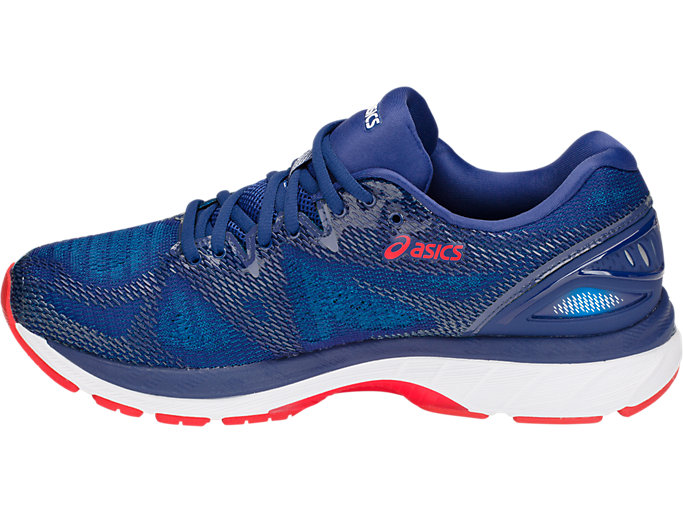 Left side view of GEL-NIMBUS 20, BLUE PRINT/RACE BLUE