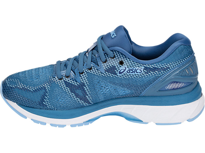 Left side view of GEL-NIMBUS 20, AZURE/WHITE