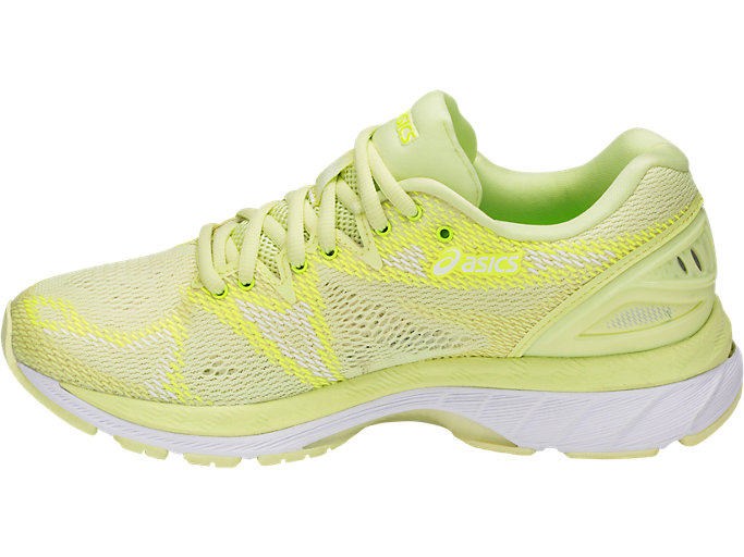 Left side view of GEL-NIMBUS 20, LIMELIGHT/LIMELIGHT/SAFETY YELLOW