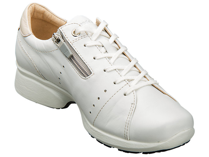 Front Right view of PEDALA WALKING SHOES 2E, WHITE